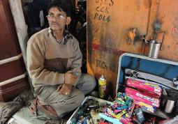 インドの面白い職業 – 路上のガス売り