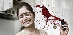 インドの交通事故啓蒙ポスターがスプラッタ!