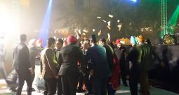 お札が宙を舞う野外フェス!! 日本人よ!! これがインドの最新結婚式だ!!!