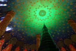 バンコクのサイケデリック寺は絢爛豪華! この世の財宝を集めまくったワットパクナム【ティラキタ駱駝通信 3月1日号】