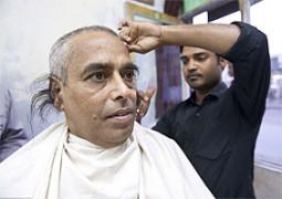 インドで耳毛が気になって