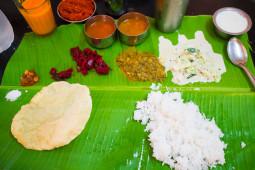 日本人の味覚と相性バッチリのインド料理! バナナの葉っぱの上で食べる絶品ミールス