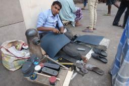 Amazonのジェフ・ベゾスもびっくり!? 新しいビジネスを創造しまくるインドの露店が凄い!