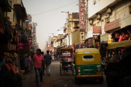 インドの携帯マーケットが中国企業一色 中国の世界進出がヤバイ