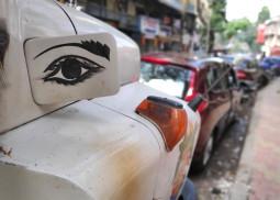 ガスと共に愛を届ける。 クリエイティビティが溢れ出すインドのトラック【ティラキタ駱駝通信 1月10日号】