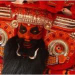 石器時代から続く祭が最先端! 前衛すぎるインドのお祭りティヤムが凄い