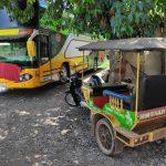 バイク万能説!! 設計時の性能以上に酷使されまくるカンボジアのバイクたち
