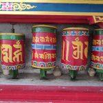 薬草を乾燥させて作る特別なお香 – チベット香について